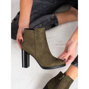Dámske členkové topánky 67815