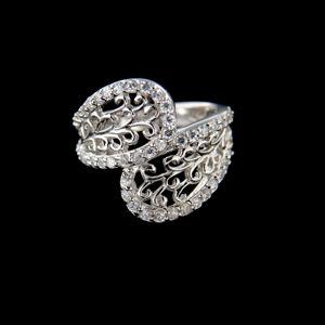 Strieborný prsteň 34327