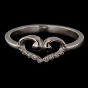 Strieborný prsteň 58400