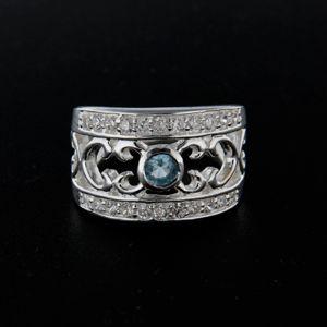 Strieborný prsteň 14332