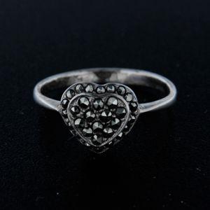 Strieborný prsteň 14342