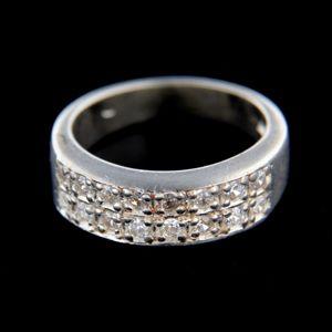 Strieborný prsteň 14856