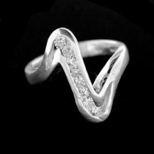Strieborný prsteň 14952
