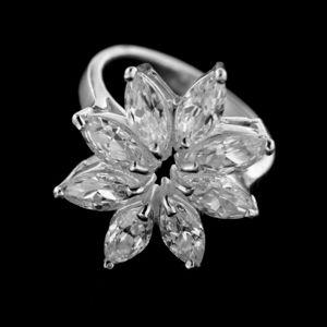 Strieborný prsteň 14960