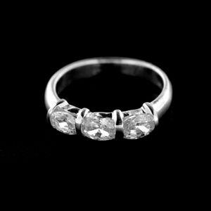 Strieborný prsteň 14968
