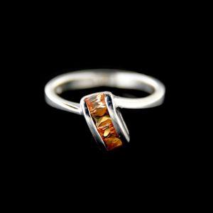 Strieborný prsteň 15393