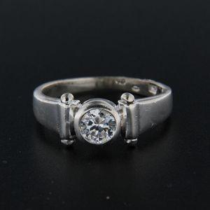 Strieborný prsteň 15410